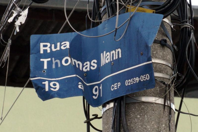 Straßenschild in der Rua Thomas Mann